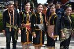 Disyaki Dusun Tatana juga berdasarkan kain diikat di pinggang?