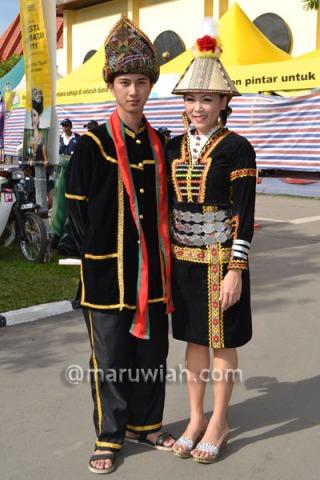 Pakaian Tradisional Etnik Etnik Di Sabah Maruwiah Ahmat