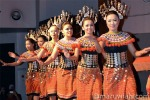 Pakaian Iban untuk ratu Pesta Menuai Sarawak
