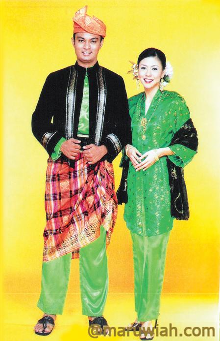 Pakaian Tradisi Kaum Semenanjung Malaysia
